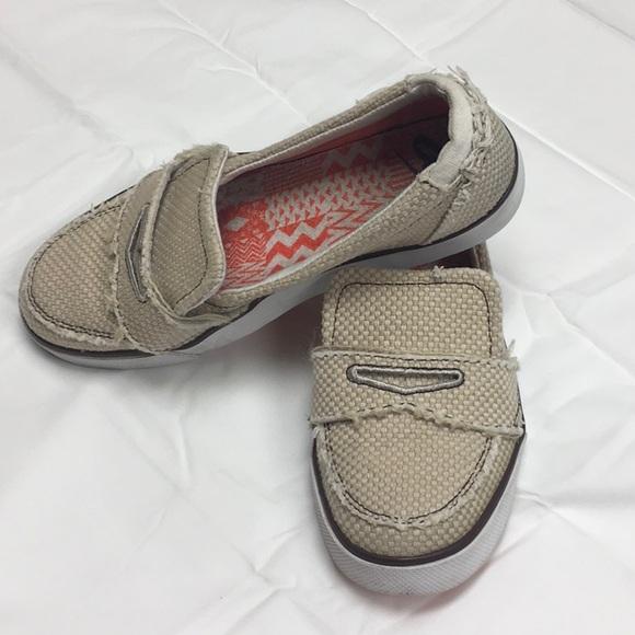 622cf5ece69 ... Women s Nike slip on khaki shoe Balsa 6.0 loafers ...